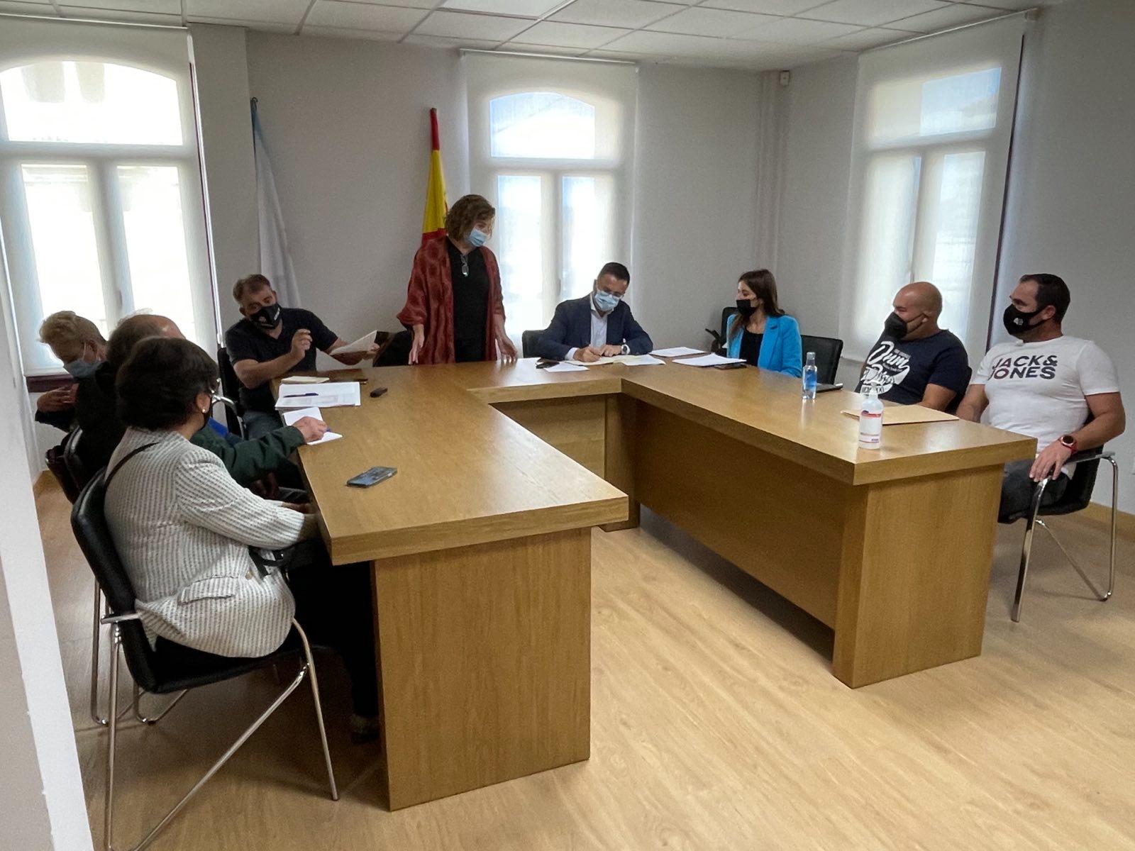 La Xunta destina cuatro millones de euros en la construcción de 42 nuevos pozos para mejorar los regadíos de A Limia